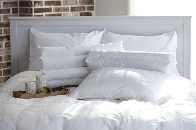 pillow-1890940_640.jpg
